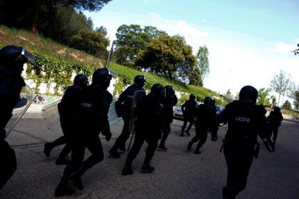 Entrada antidisturbios campus Somosaguas