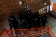 Antidisturbios en campus de Somosaguas