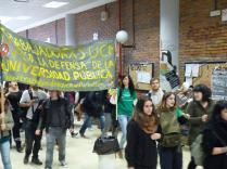 Flash mob zombies por la universidad pública